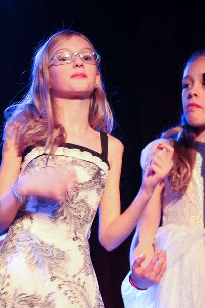 2011.12.12 Suzi Shelton Concertf-97.jpg