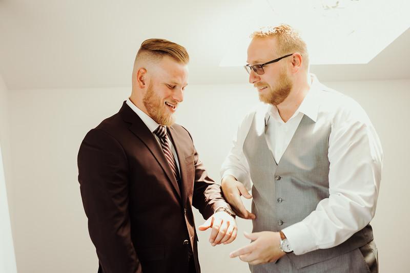 Elise&Michael_Wedding-Jenny_Rolapp_Photography-106.jpg