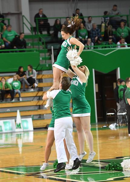 cheerleaders0456.jpg