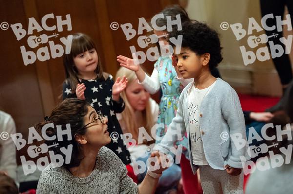 ©Bach to Baby 2019_Laura Woodrow_Islington - Barnsbury_2019-13-12_ 31.jpg