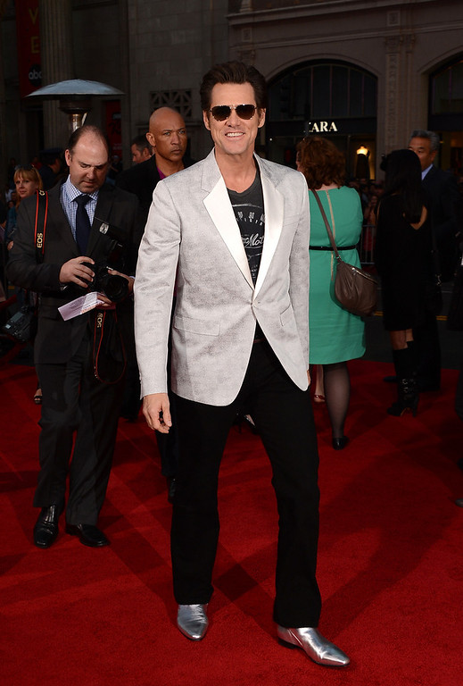 . Actor Jim Carrey attends the premiere of Warner Bros. Pictures\' \'The Incredible Burt Wonderstone\' at TCL Chinese Theatre on March 11, 2013 in Hollywood, California.  (Photo by Jason Merritt/Getty Images)