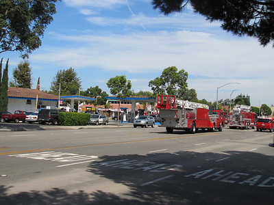 Small Fire at the corner of Newport and Red Hill - Tustin - 10/2/11