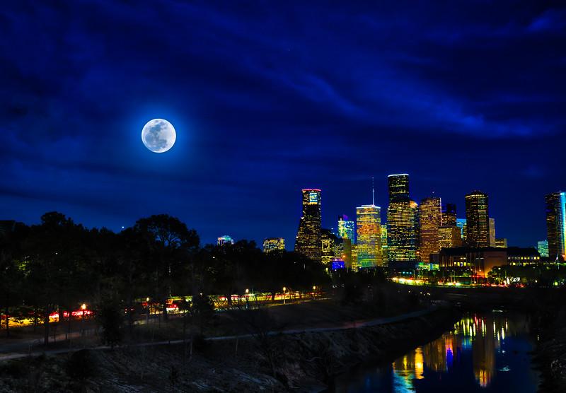 Houston supermoon 1000-1.jpg