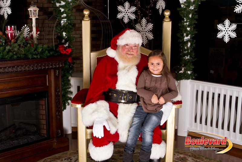 Santa Dec 15-290.jpg