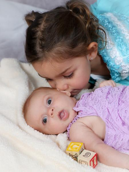 Avery and Corina Pelto-7349.jpg