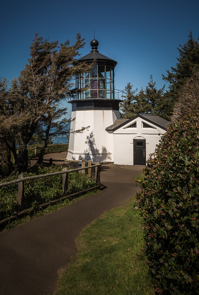 Lighthouse at Cape Meares.jpg
