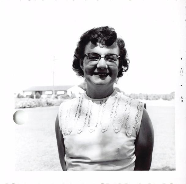 Frankie (Trogdon) Siemens, 8/59