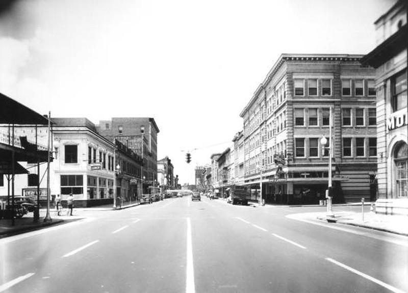 Market - 1950s.jpg
