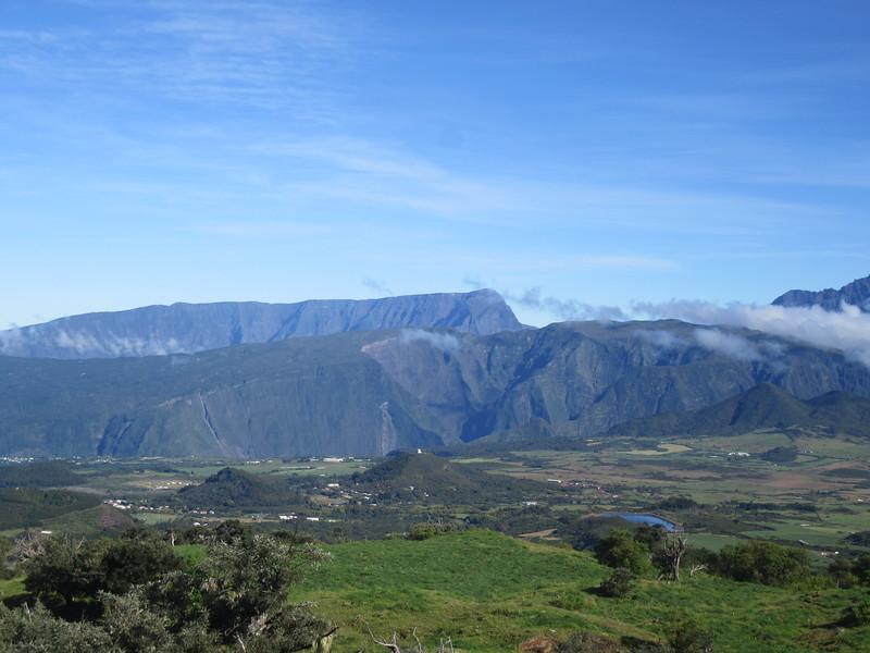 033_La Route du Volcan. Le Grand Benares, 2896m.JPG