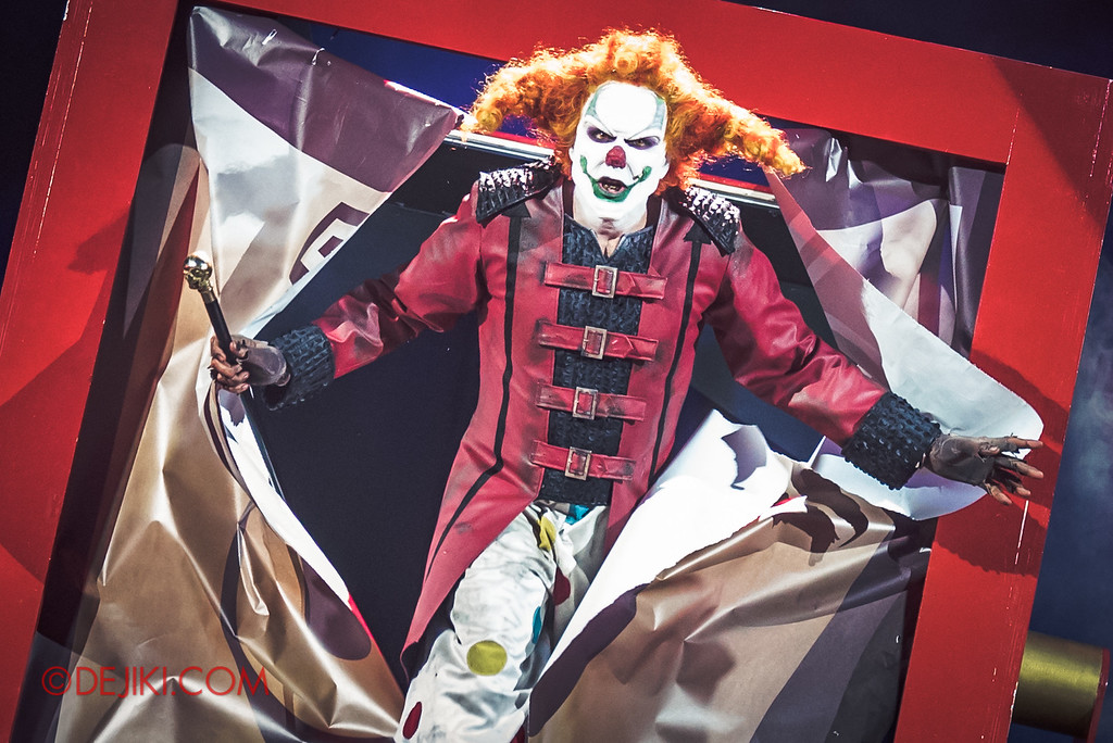 Halloween Horror Nights 6 - Jack's Recurring Nightmare Circus / Jack the Clown bursts through the box