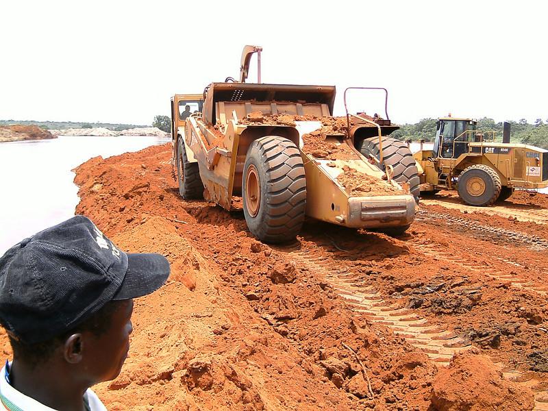 Desvio de rio Luembe-Mina Chitotolo-Nzagi(ex-Andrada)
