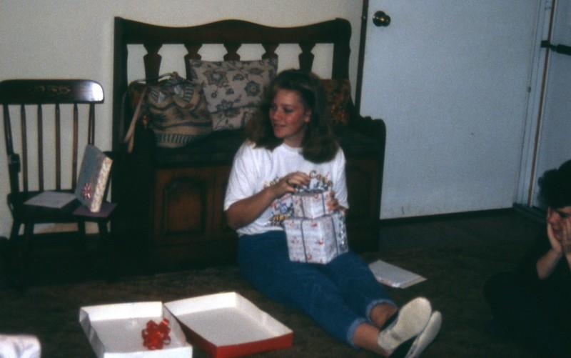 HCA-DXIII-004-Melissa Nov 17 1990.jpg