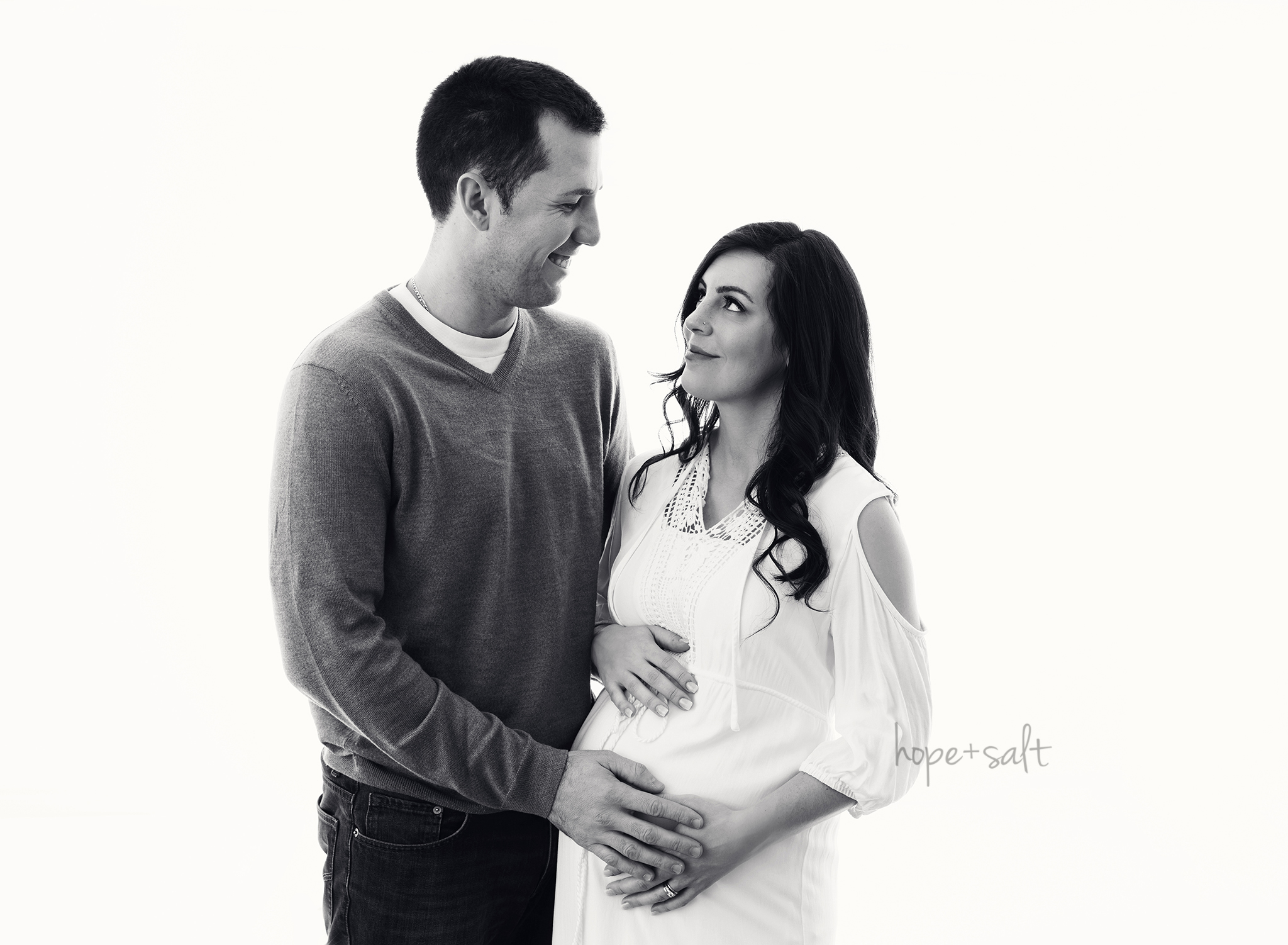 burlington maternity photographer - natural simple bright pregnancy photos in studio of expecting Elaine and family by Hope and Salt