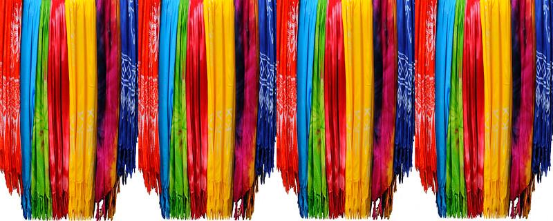 Cloth in Trogir~4395-4w.