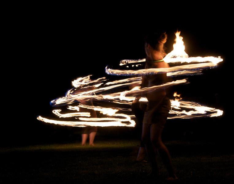 fire-ringgirls-ROUND2-7:08