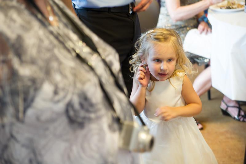 bap_schwarb-wedding_20140906152816_D3S1678
