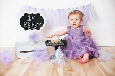Cake Smashing Baby Session - Studio