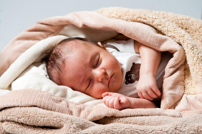 Nathan New Born-132.jpg