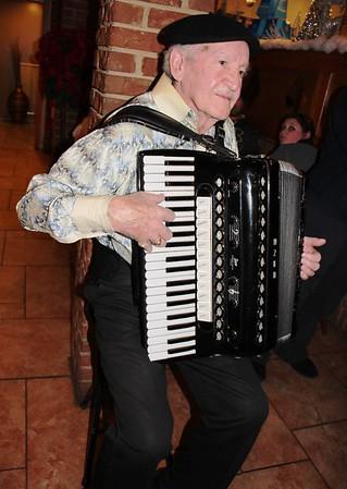Playing Instrument, La Dolce Casa, Tamaqua (11-220214)