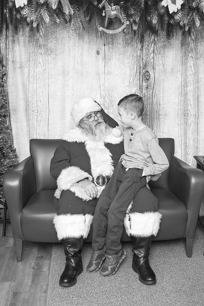 Ameriprise-Santa-Visit-181202-5080-BW.jpg