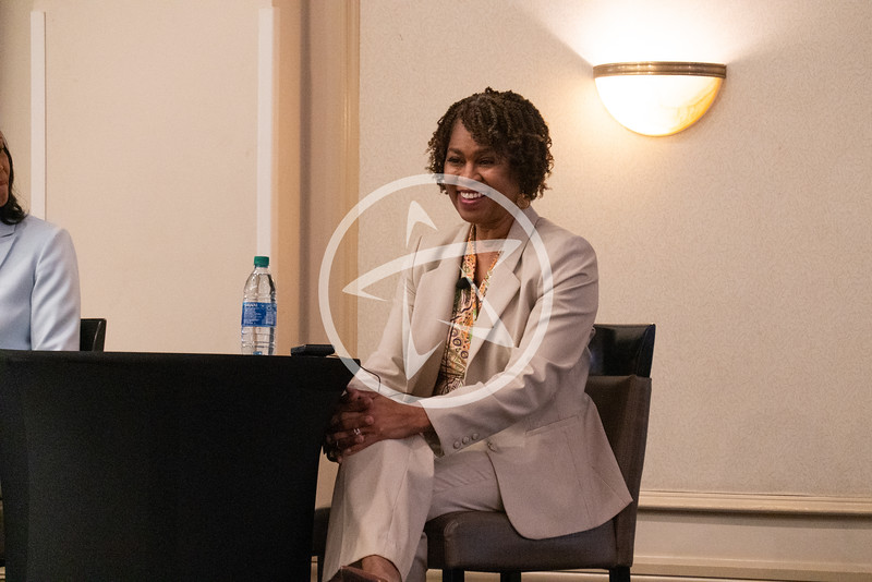 Breaking Barriers For Women in Leadership