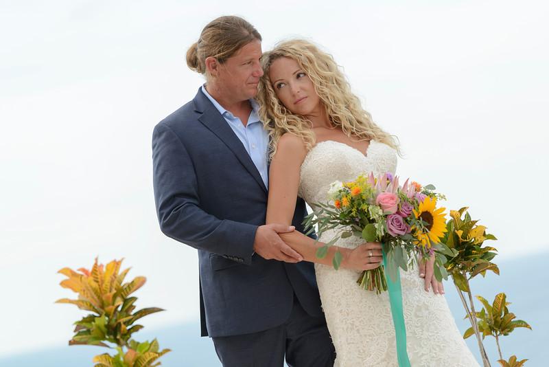 Nikki-Brad-4-Newlyweds-17.jpg