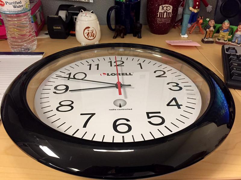 atomic clock.jpg