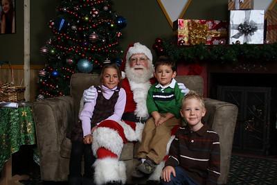 Santa Photos Fri 2pm to 2:30pm
