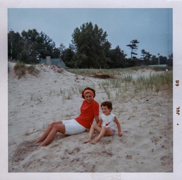 1966-07 edda michelle door county wi kaftan