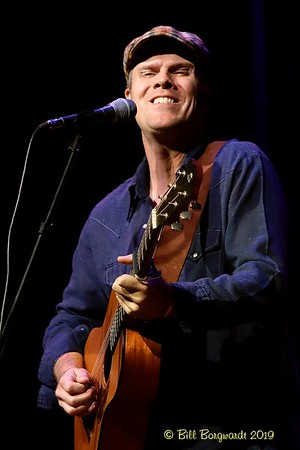 September 27, 2019 - Dave Gunning opens for The Small Glories at New Moon Folk Club