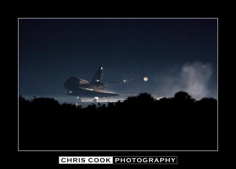 STS-135-landing1.jpg