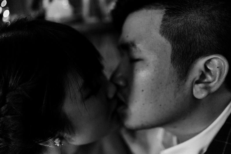 Tu-Nguyen-Destination-Wedding-Photographer-Saigon-Engagement-Shooting-Vietnam-Videographer-44.jpg