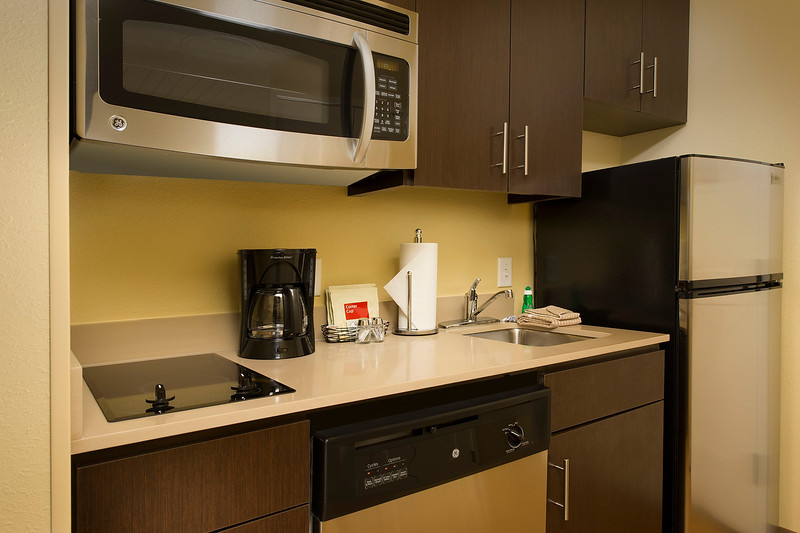 9 - TPS Grapevine - Suite Kitchen.jpg