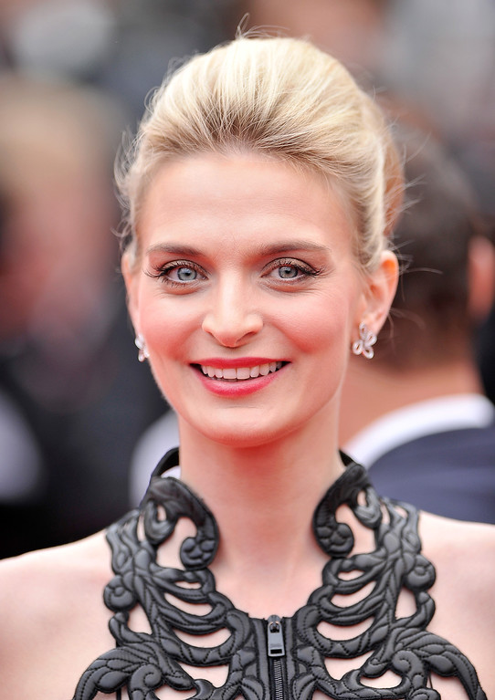 """. Sarah Marshall attends the \""""Foxcatcher\"""" premiere during the 67th Annual Cannes Film Festival on May 19, 2014 in Cannes, France.  (Photo by Gareth Cattermole/Getty Images)"""