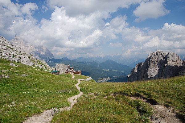 AV1 Stage 6 - Passo Staulanza to Coldai