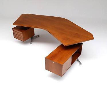 """""""'Boomerang' desk designed by Osvaldo Borsani 1960'"""