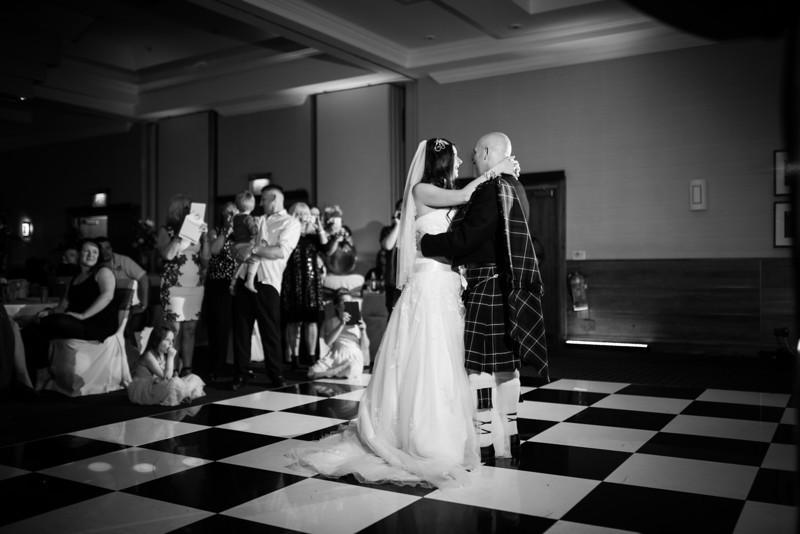 Emma & Nick Wedding-0514-659.jpg