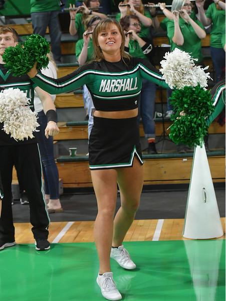 cheerleaders3401.jpg