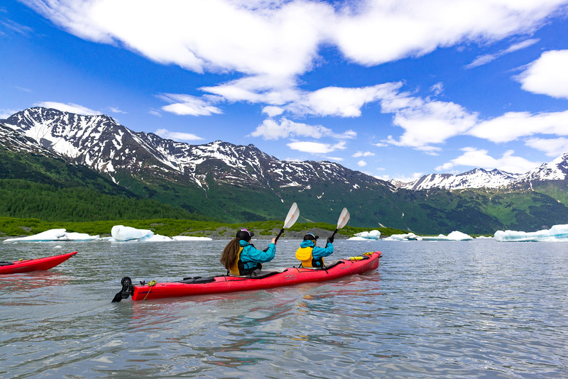 Ascending Path_Spencer Kayaking6109916-Juno Kim.jpg