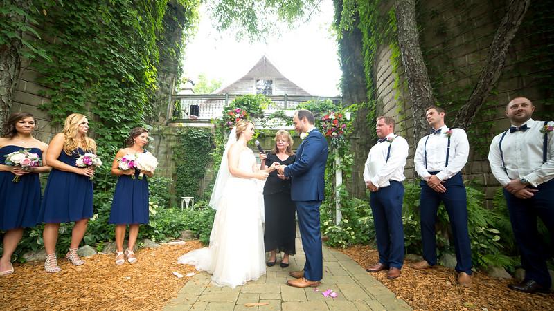Garrett & Lisa Wedding (336).jpg