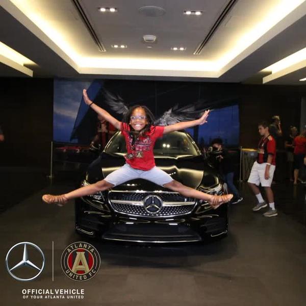 Mercedes_0002.mp4