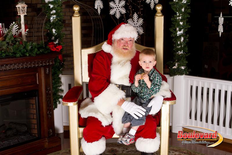 Santa Dec 15-142.jpg