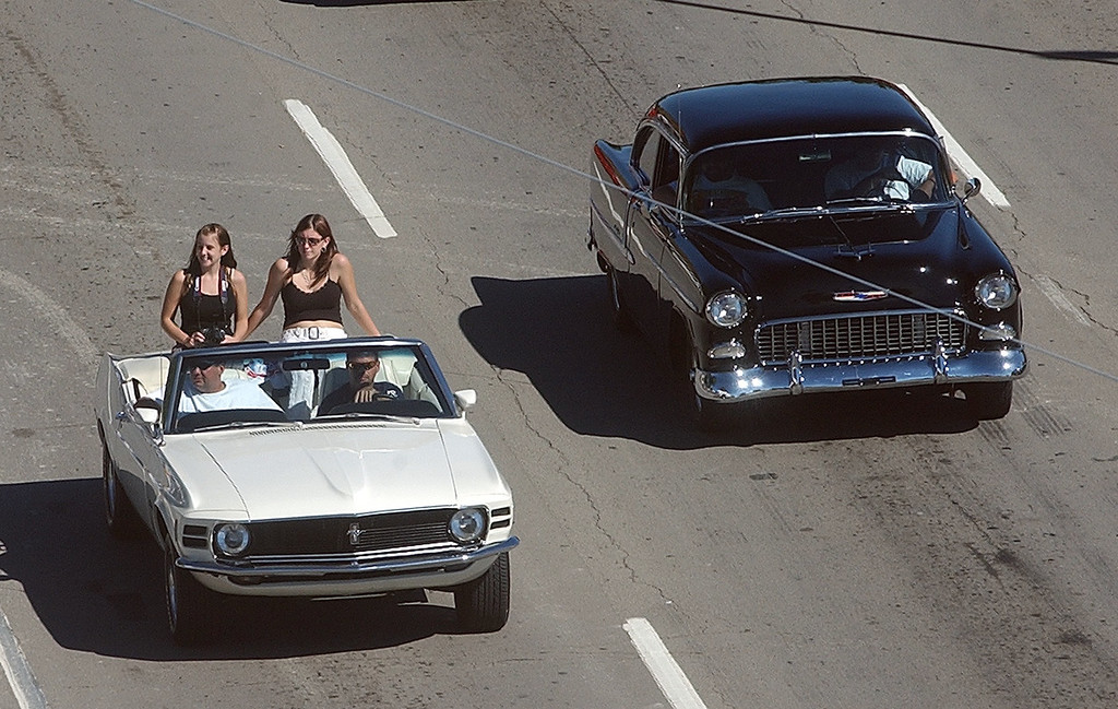 . Cruisers head south on Woodward Ave. in Birmingham during the 2004 Woodward Dream Cruise, Saturday August 21, 2004.