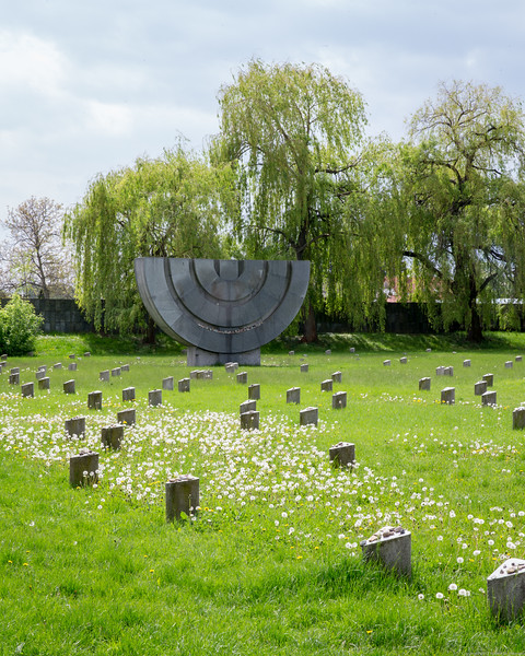 Graveyard Minorah