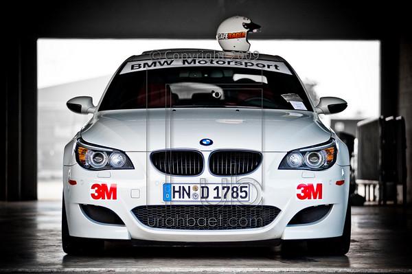 77 BMW M5