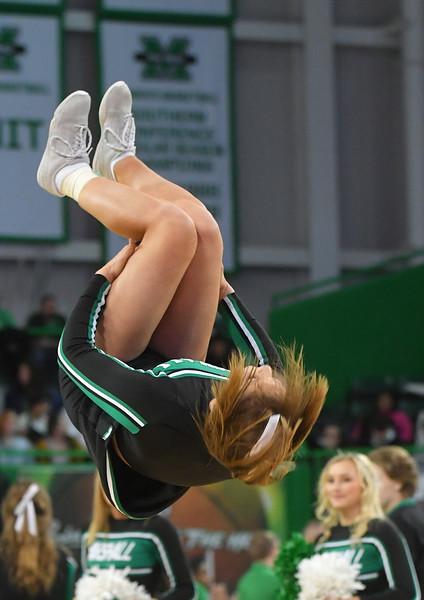 cheerleaders2614.jpg