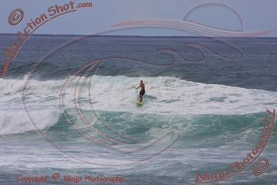 2008_11_15 - MATT - Surfing Jocko's, North Shore