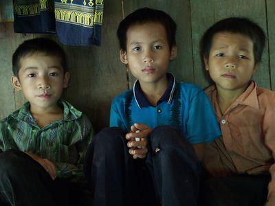 VIETNAM2005_Vietnamese Children