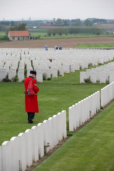 Ypres Tyne Cot Cemetery (74 of 123).jpg