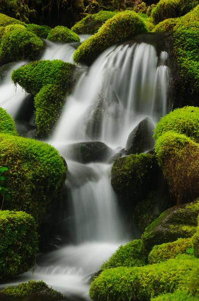 Water & Waterfalls